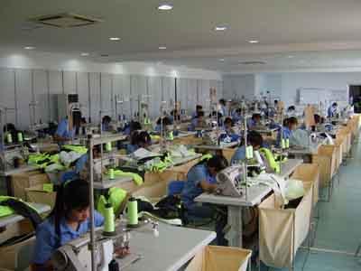 调优经济结构促进服装加工产业升级