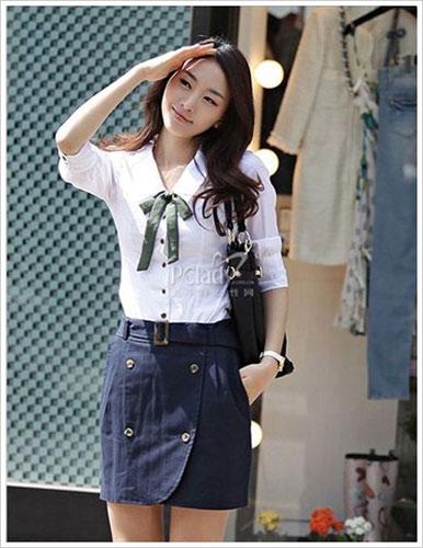 品牌女装_学院风的白衬衫搭配_959品牌商机网