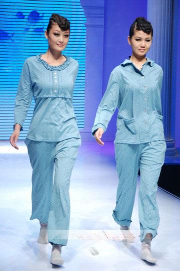 具有艺术设计的低碳创意服装
