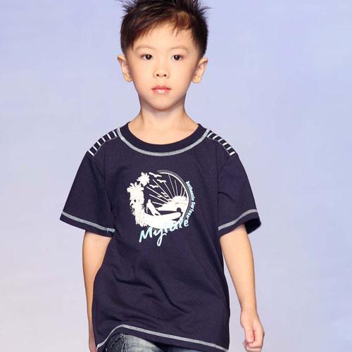 衣米阳光童装加盟店有着超多利润的折扣童装