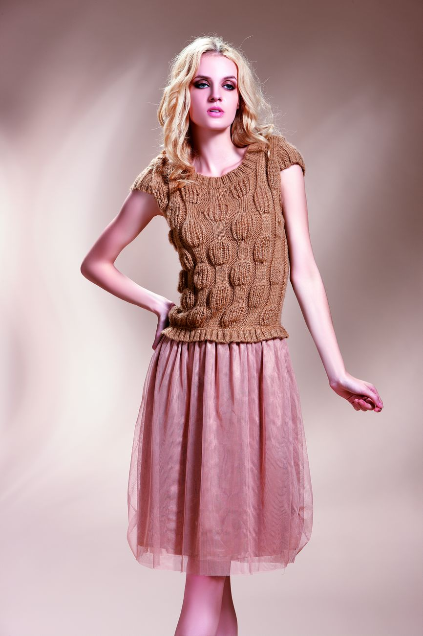 中年女装品牌有哪些_女装一线品牌有哪些_女装品牌排行榜_品牌女装有哪些_淘宝助理