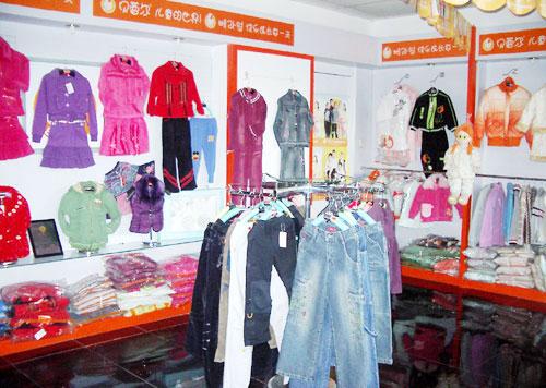 贝蕾尔品牌童装产品喜爱女生们深受-品牌童装氧气吸家长图片