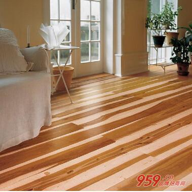 木地板的选择,其次要注意实木地板的识别