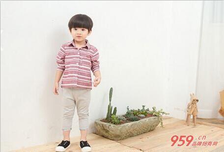 童装品牌加盟 个性产品大宝小宝童装让人无可挑剔