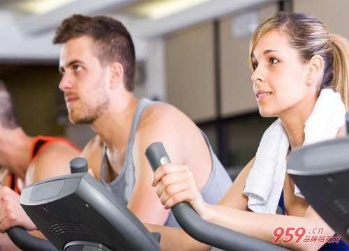 加盟健身房