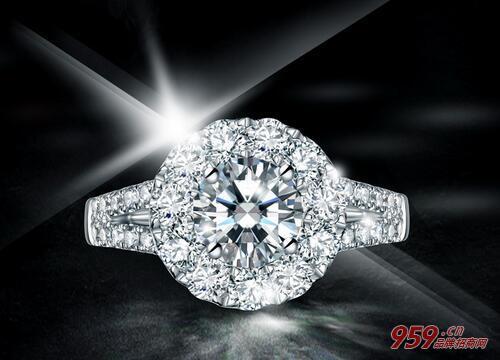 目前什么生意最好做?开珠宝加盟店好做吗