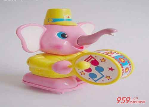 小本创业做什么项目好?幼儿玩具加工厂项目怎么样?