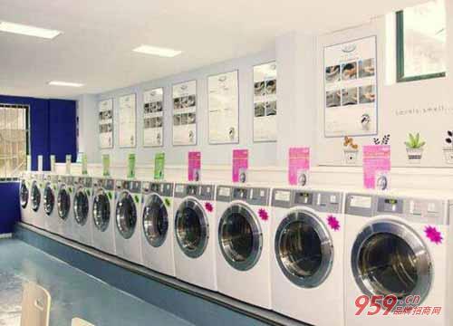 开什么店最赚钱?干洗加盟店是您赚钱的不二的选择!