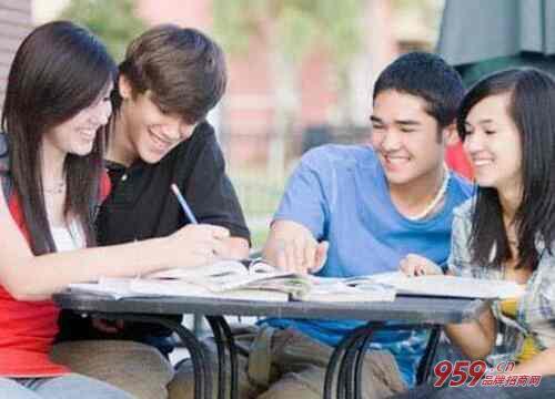 英语培训加盟怎么样?开英语培训班利润有多大?