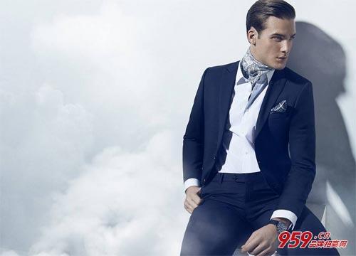 创业选择什么项目好?80后大学生选择男装品牌项目年入百万!