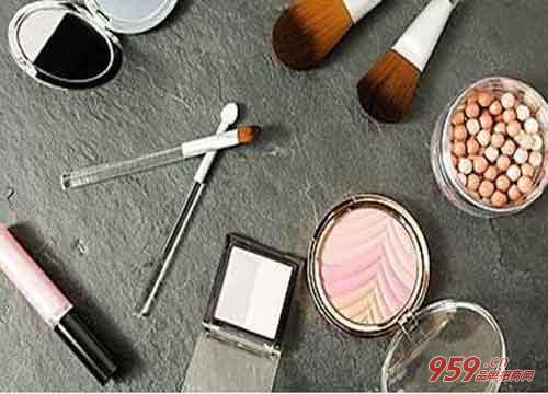 没本钱做什么生意好?做化妆品代理怎么样?