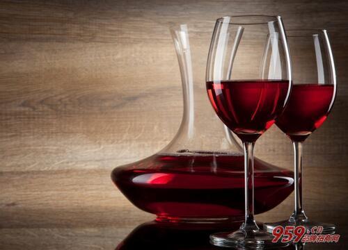 怎么白手起家创业?加盟红酒怎么样?
