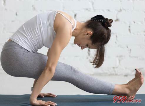 女孩做什么生意最赚钱?开一家瑜伽瘦身馆赚钱吗?