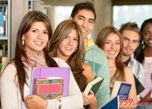 加盟英语培训机构怎么样?需要注意什么?