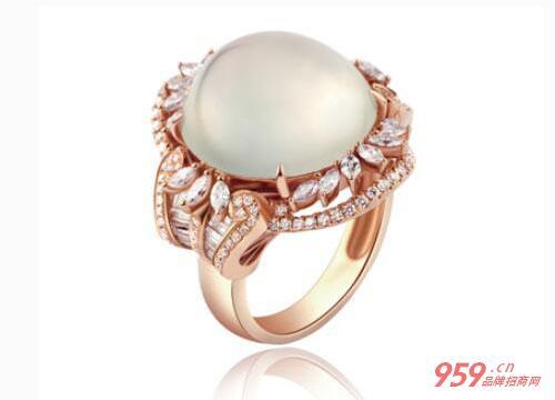 珠宝品牌排行榜中哪个牌子比较好?老凤祥珠宝品牌受欢迎吗?