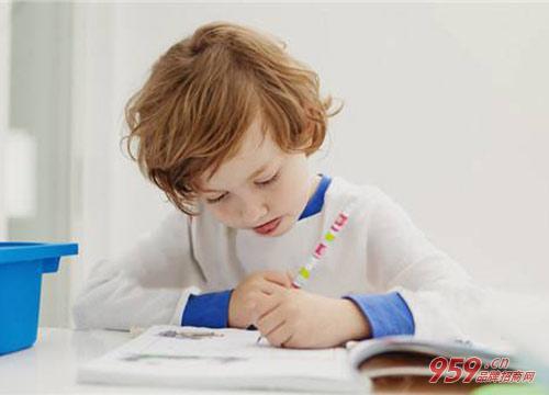 孩子学英语