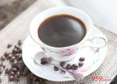 两岸咖啡加盟多少钱