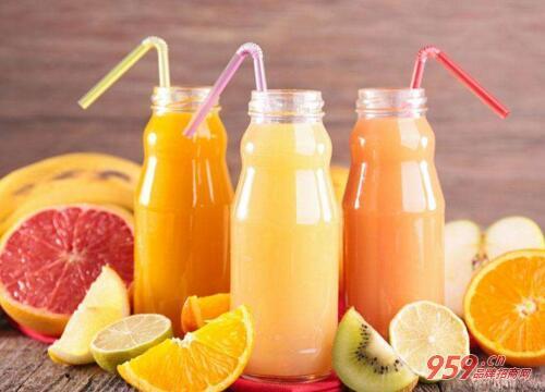 开家果汁加盟店要多少钱?果汁加盟店投资分析