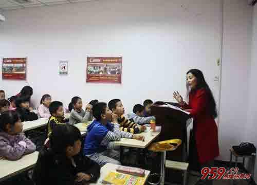回老家创业加盟东方娃娃教育培训机构怎么样?