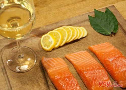 吃海鲜喝什么酒_吃海鲜喝什么酒好