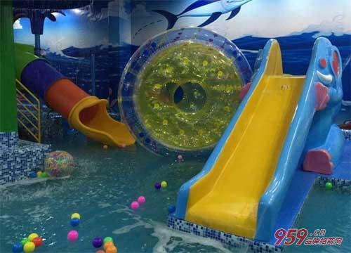 小鸭先知儿童水上乐园 打开儿童早教中心市场