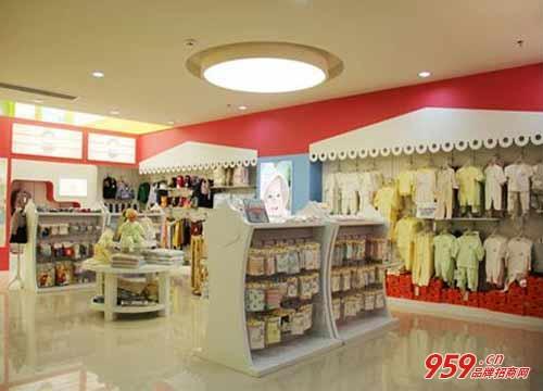 开母婴用品店赚钱吗?皇家贝贝母婴用品店要投资多少钱?