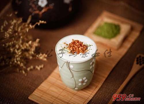90后女生开茶公子与茶女仕中式奶茶店怎么样?
