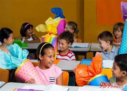新爱婴早教中心加盟能赚钱吗?加盟新爱婴早教中心要多少钱?