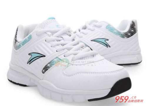 金莱克运动鞋
