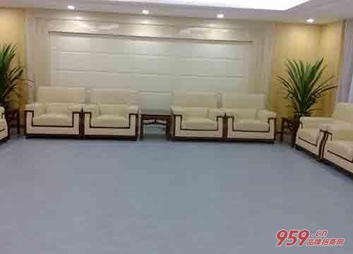 [橡胶地板图片]投资橡胶地板专卖店选址有哪些注意事项?