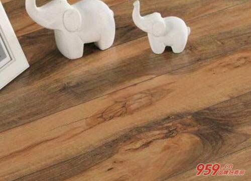 圣象地板多少钱一平方?圣象地板加盟优势是什么?