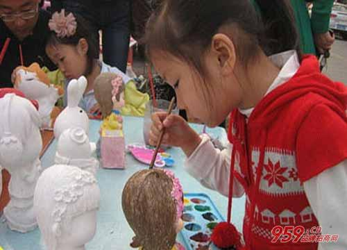 石膏彩绘生意好做吗?加盟创绘diy石膏彩绘赚钱吗?