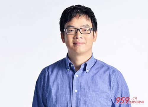 美的创始人_何享健5千元白手起家到几十亿身价!