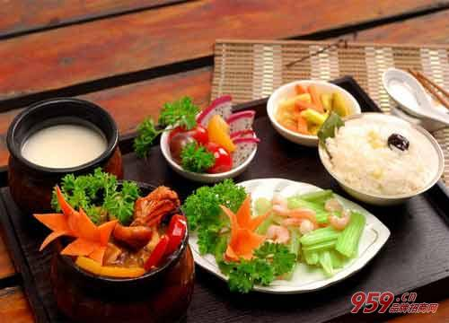 九锅一堂中餐厅