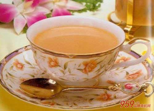 大学生开皇家奶茶连锁店如何?开店费用是多少?