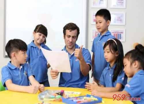 开佳音英语培训机构如何经营能吸引更多顾客?