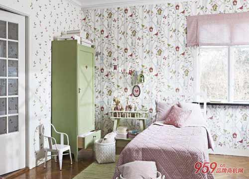 玉兰墙纸跟爱舍墙纸谁更好?