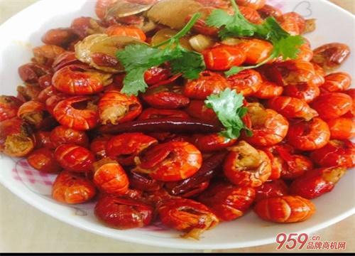 现在开餐饮店最好是做麻辣小龙虾吗?