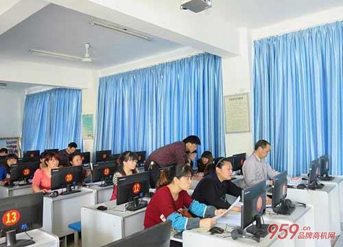 学大教育培训学校