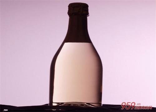 投资白酒加盟店