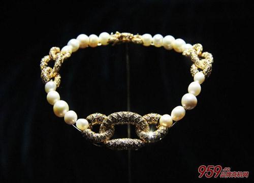宝格丽珠宝