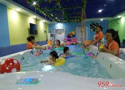 婴幼儿游泳馆