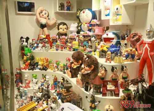玩具连锁店