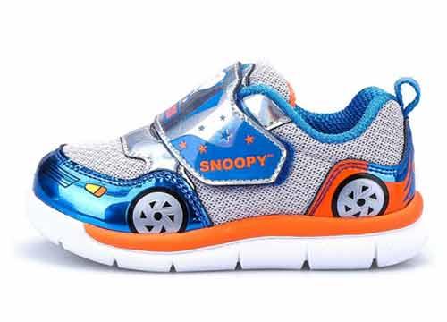 史努比童鞋专卖店