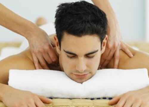 四十岁男人创业做什么好?投资男士美容护肤加盟项目如何?