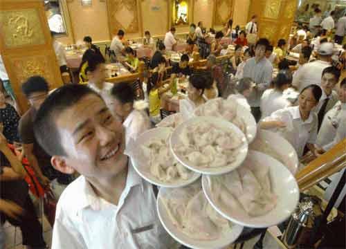 90后小伙创业失败2次仍未放弃 如今贷款开饺子店收入千万!