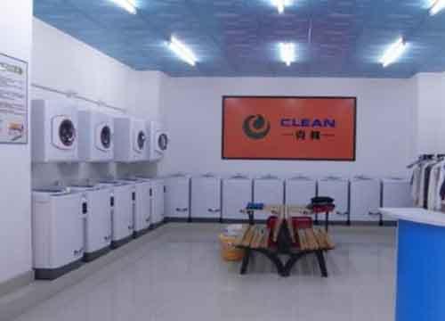 学校附近开家投币洗衣店怎么样?投币洗衣店都有哪些开店准备?