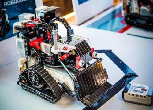 乐高机器人培训加盟费多少?乐高机器人教育加