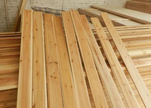 开木板装修店