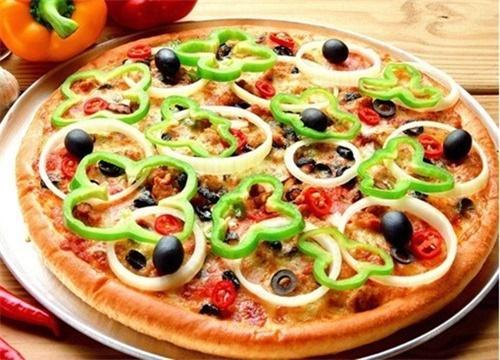 开家披萨加盟店